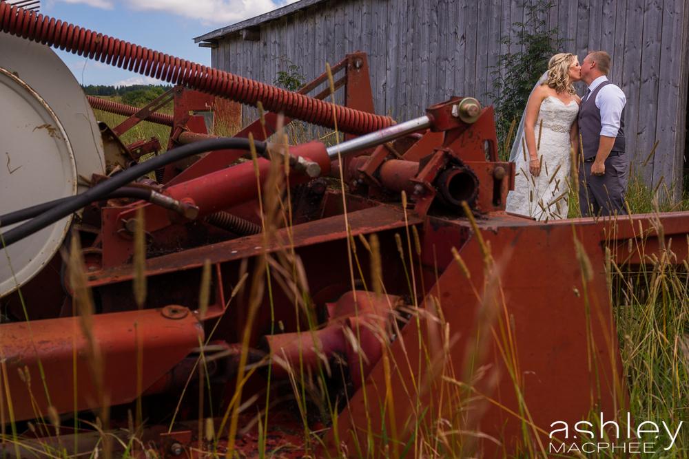 Ashley MacPhee Photography New Brunswick Wedding Photographer (31 of 65).jpg