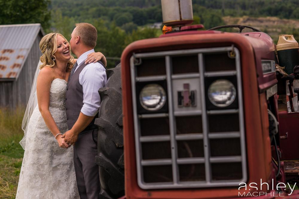 Ashley MacPhee Photography New Brunswick Wedding Photographer (35 of 65).jpg