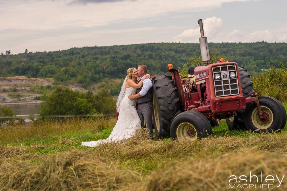 Ashley MacPhee Photography New Brunswick Wedding Photographer (34 of 65).jpg