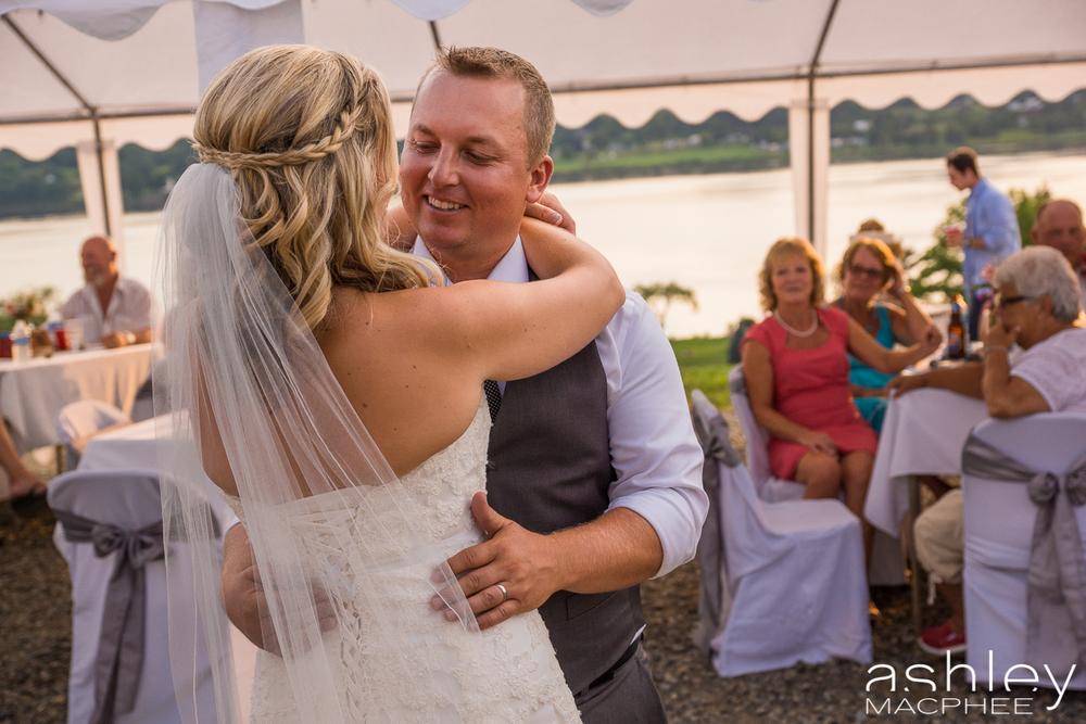 Ashley MacPhee Photography New Brunswick Wedding Photographer (58 of 65).jpg