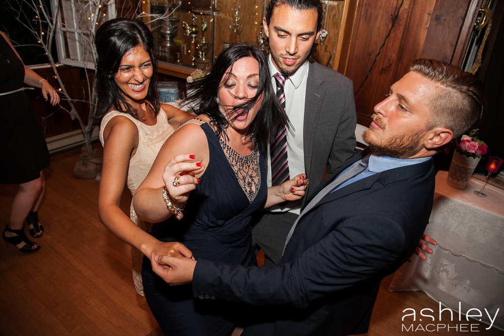 Ashley MacPhee Photography Hudson Yacht Club wedding photographer (106 of 112).jpg