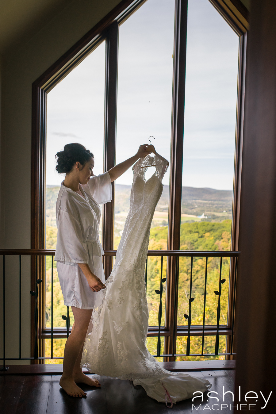 Ashley MacPhee Photography Mont Tremblant Wedding Photographer (12 of 92).jpg