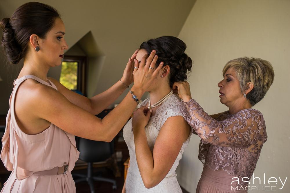 Ashley MacPhee Photography Mont Tremblant Wedding Photographer (18 of 92).jpg