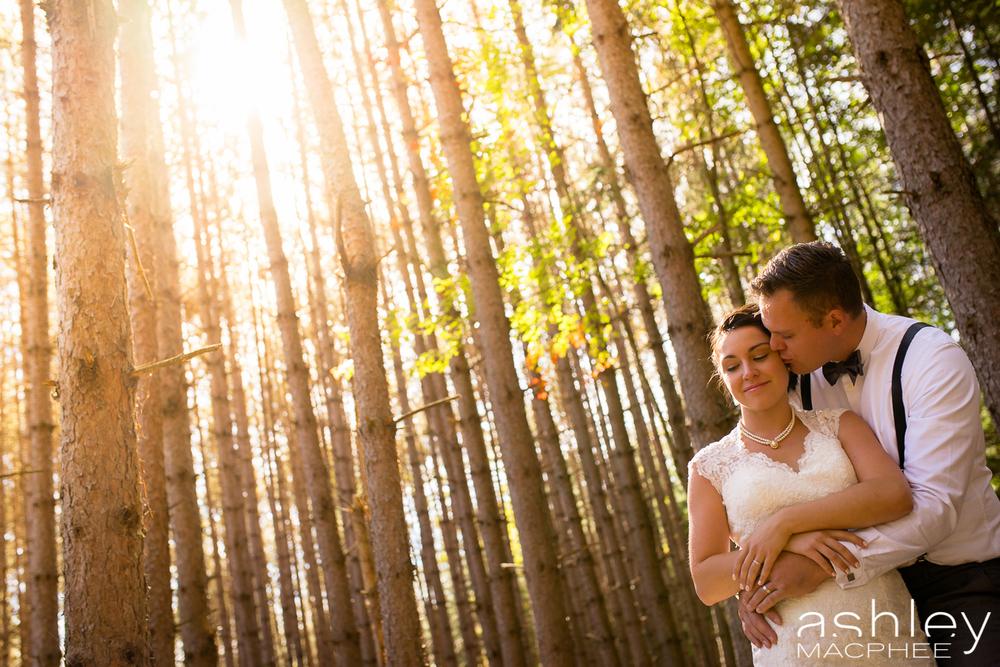 Ashley MacPhee Photography Mont Tremblant Wedding Photographer (44 of 92).jpg