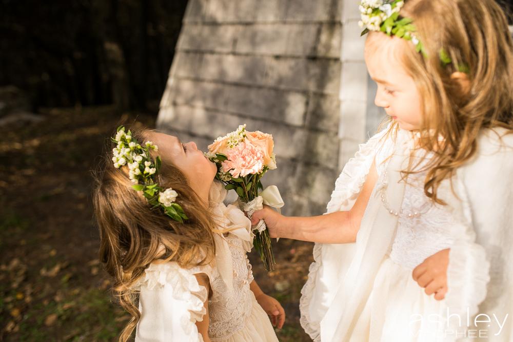 Ashley MacPhee Photography Mont Tremblant Wedding Photographer (59 of 92).jpg