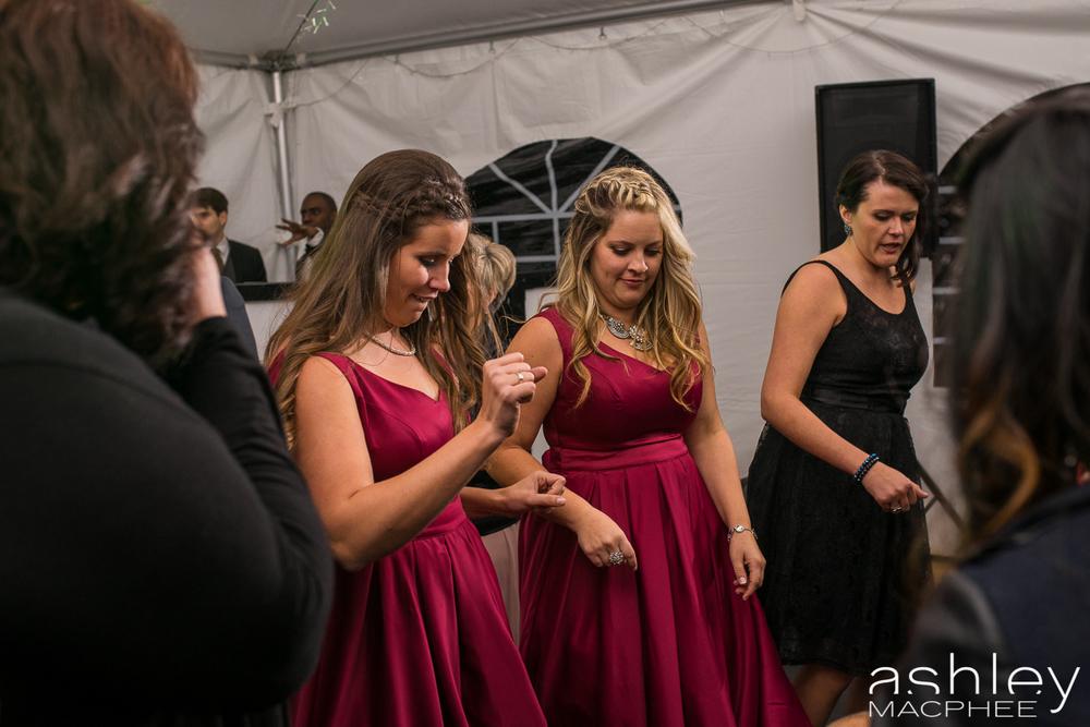 Ashley MacPhee Photography Mont Tremblant Wedding Photographer (71 of 92).jpg