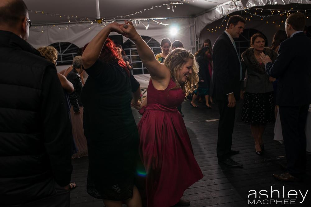 Ashley MacPhee Photography Mont Tremblant Wedding Photographer (79 of 92).jpg