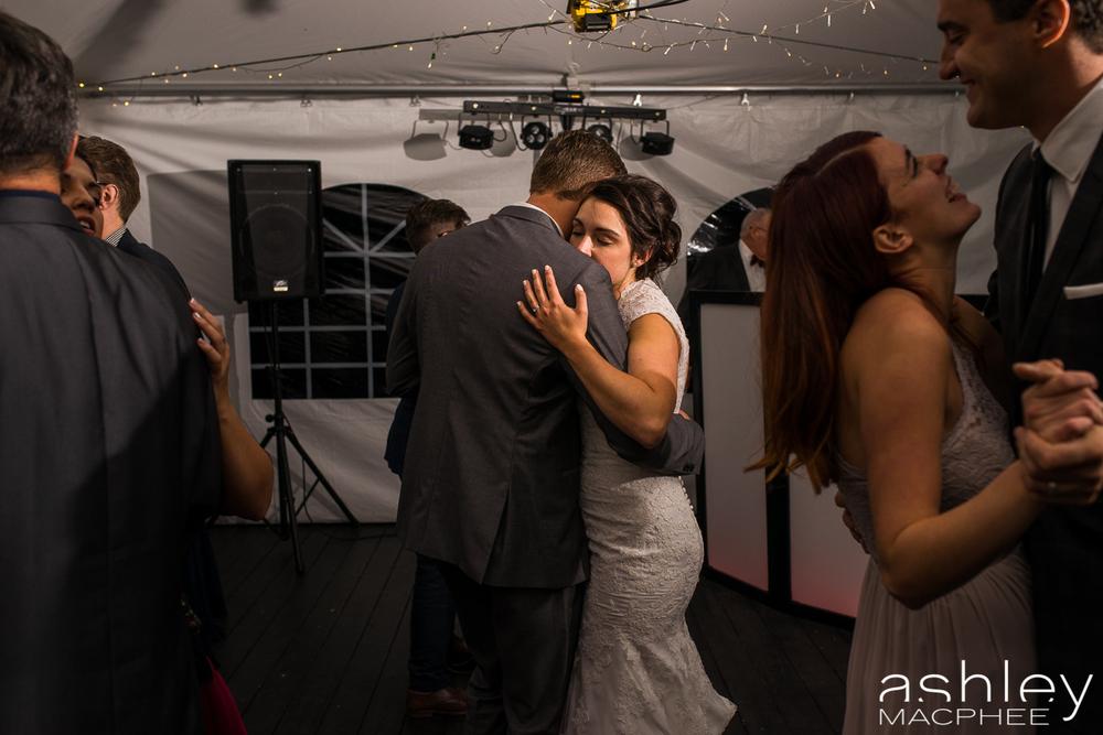 Ashley MacPhee Photography Mont Tremblant Wedding Photographer (78 of 92).jpg