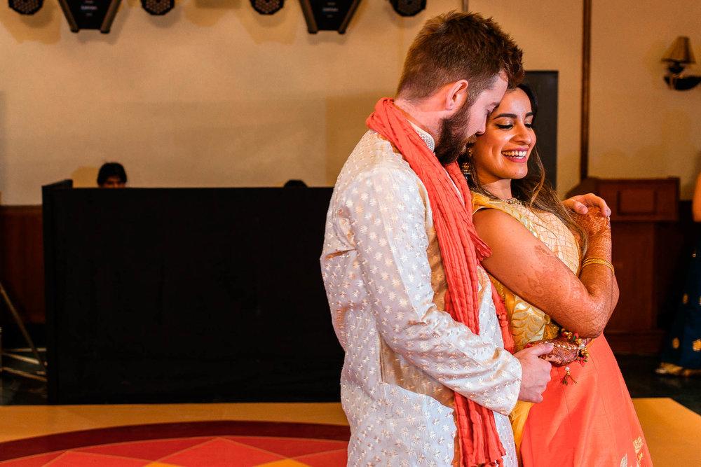 Mhendi Raat Indian Wedding Photographer (20 of 28).jpg