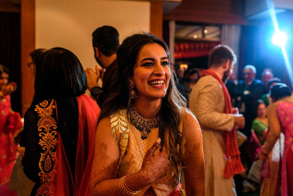 Mhendi Raat Indian Wedding Photographer (24 of 28).jpg