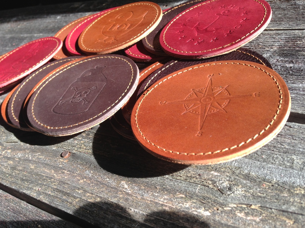 VIVE Leather Coaster 2 Pack - Natural — VIVE CLOTHING CO.
