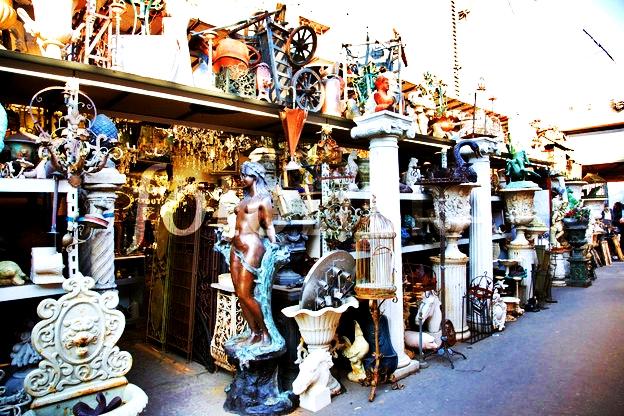 MariaBrito_Flea-Market-Guide.jpg