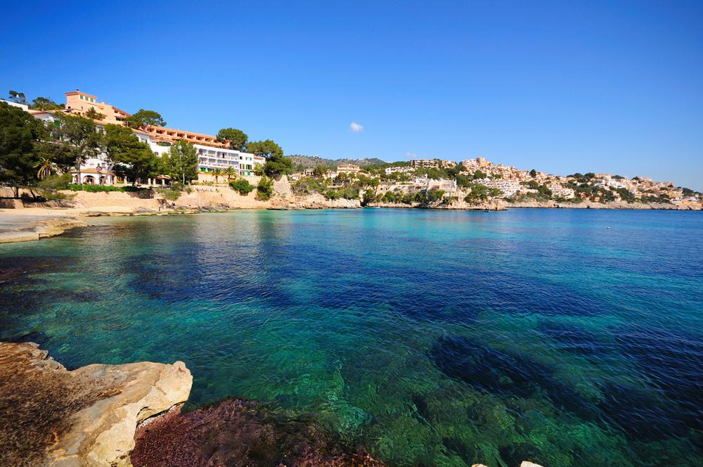 MariaBrito_Cath-Levene-Majorca.jpg