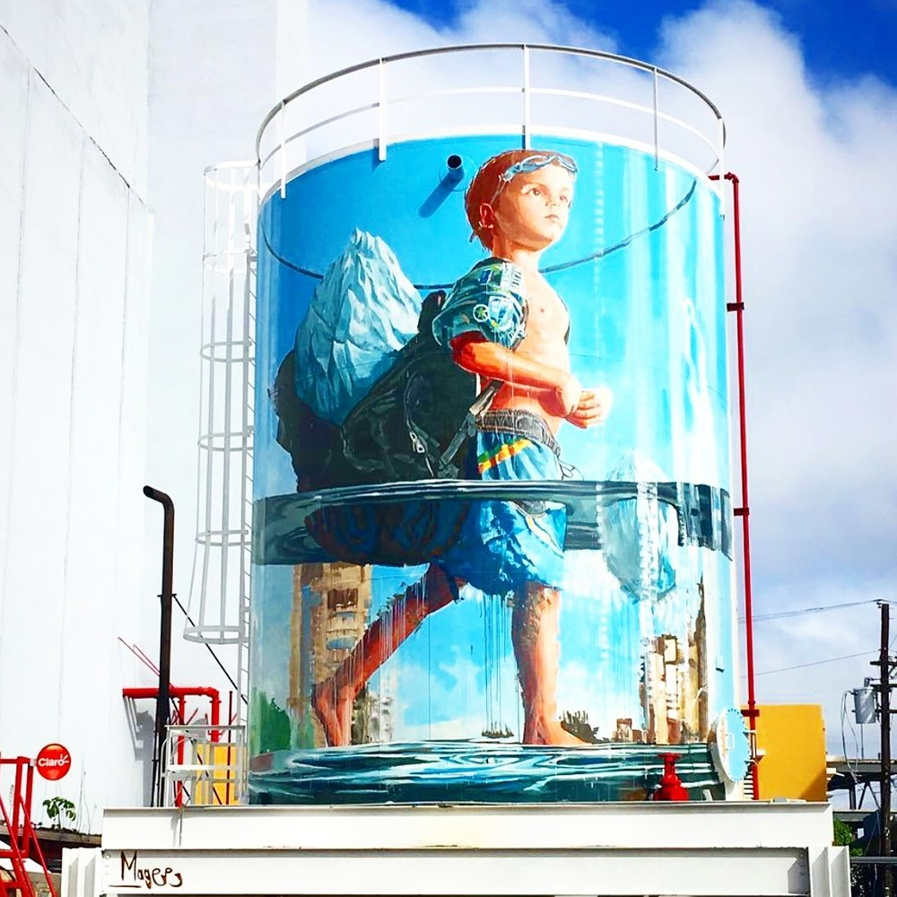 Fintan Magee's latest intervention at Santurce Es Ley