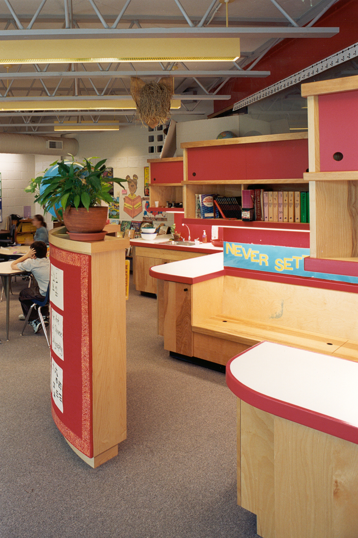 classroom4 screen.jpg