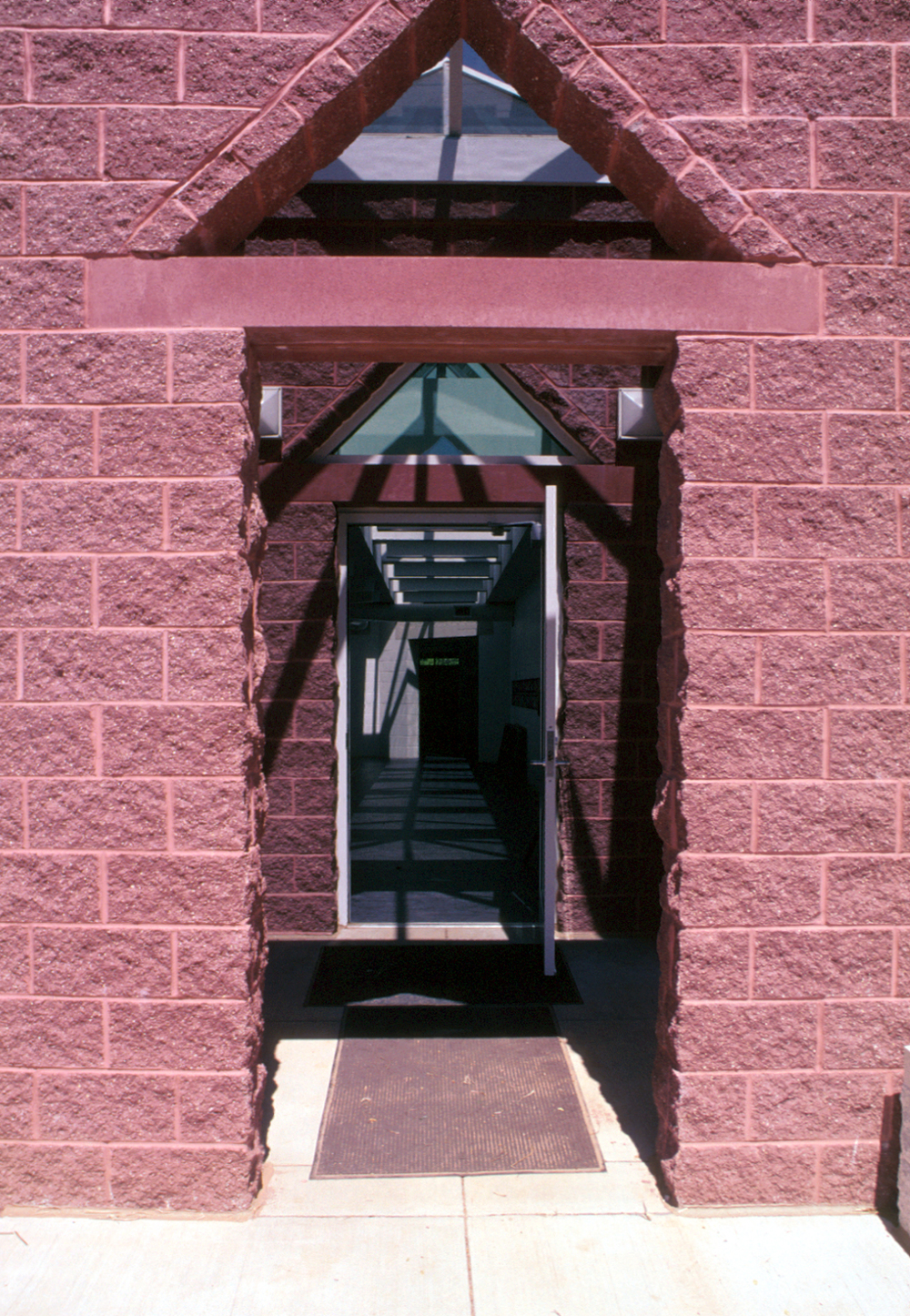 ext.photo-entrance.jpg