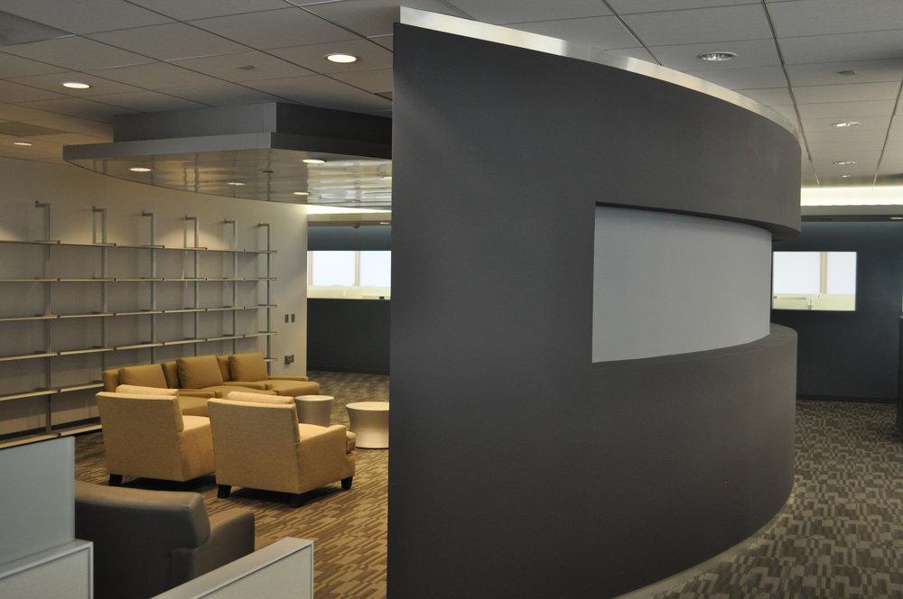 Blackbird curved wall.JPG
