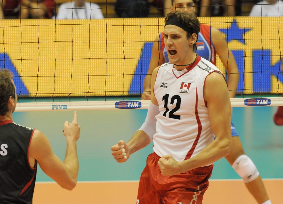 Canada's Gavin Schmitt has signed with Arkas Izmir, the Turkish Club team coach by Canadian Head Coach Glenn Hoag.