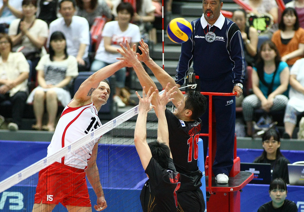 Freddie Winters hits over the Japan block.  Photo: FIVB