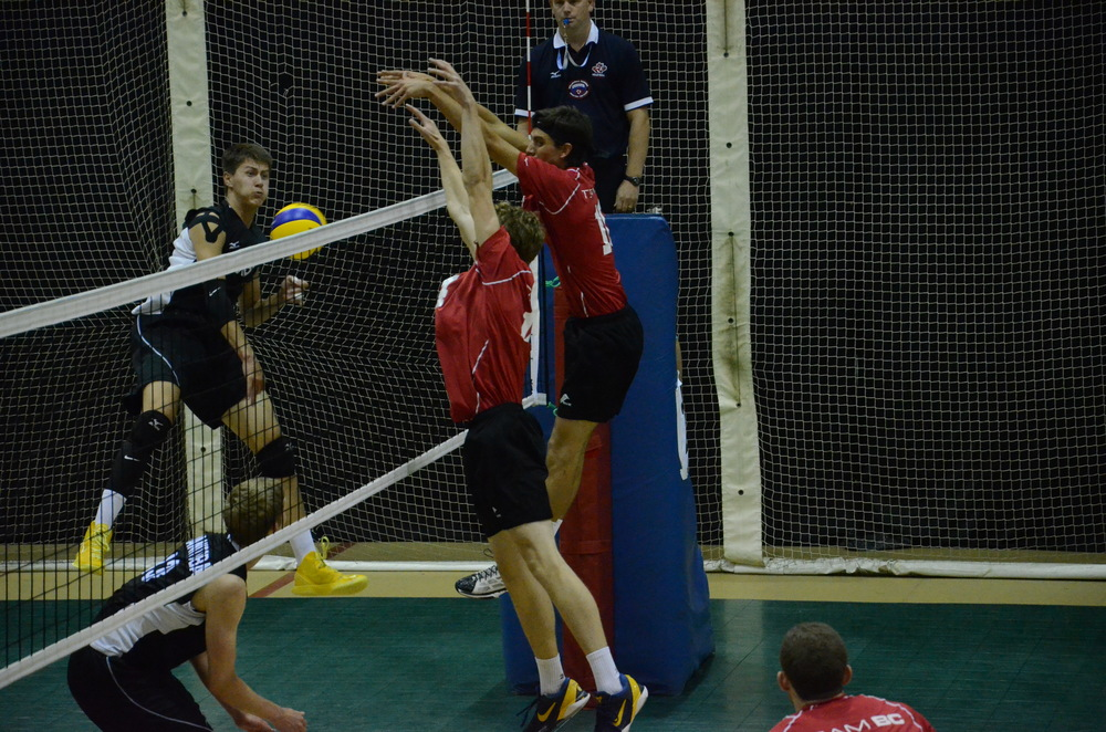 Team BC gets a block during their quarterfinal against Manitoba