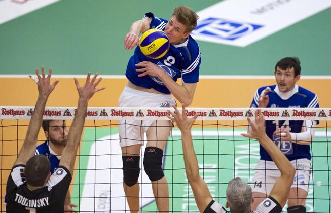 Max Gunthör led Friedrichshafen with 16 points on route to their 16th victory of the year
