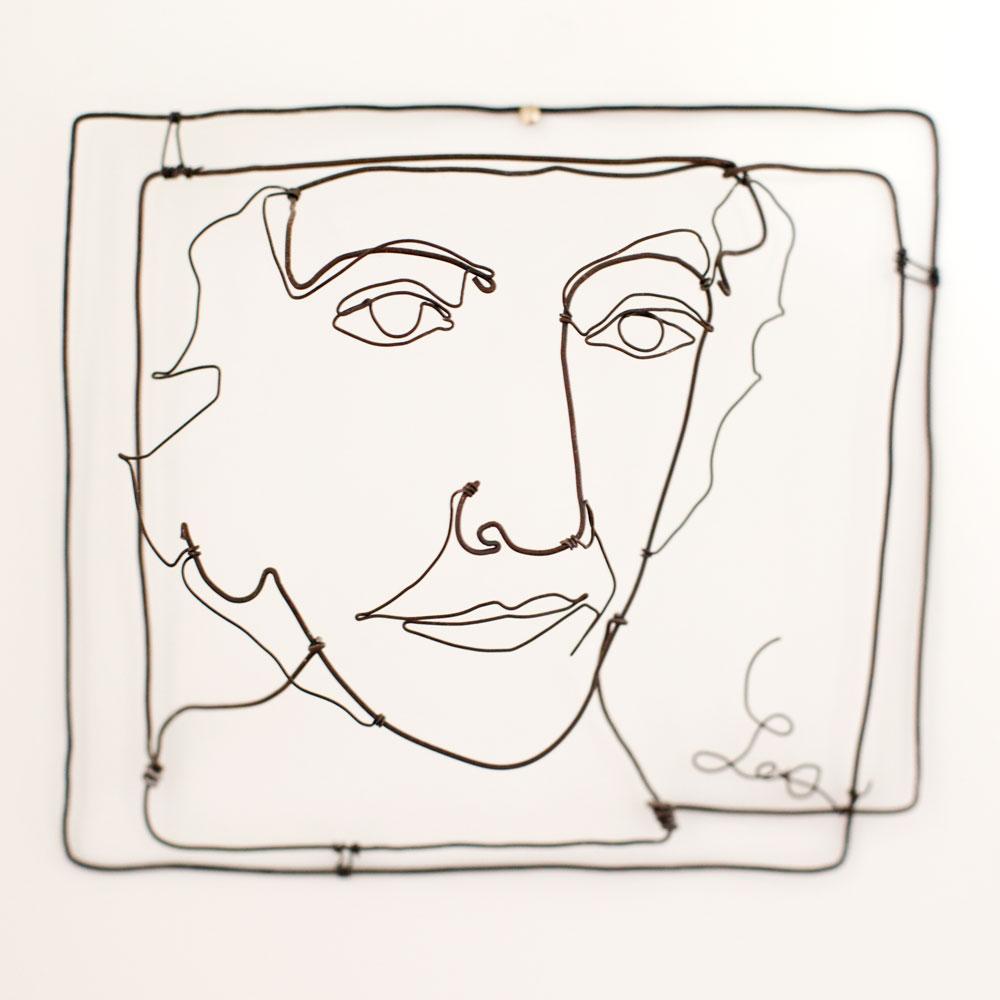 Portrait of Les