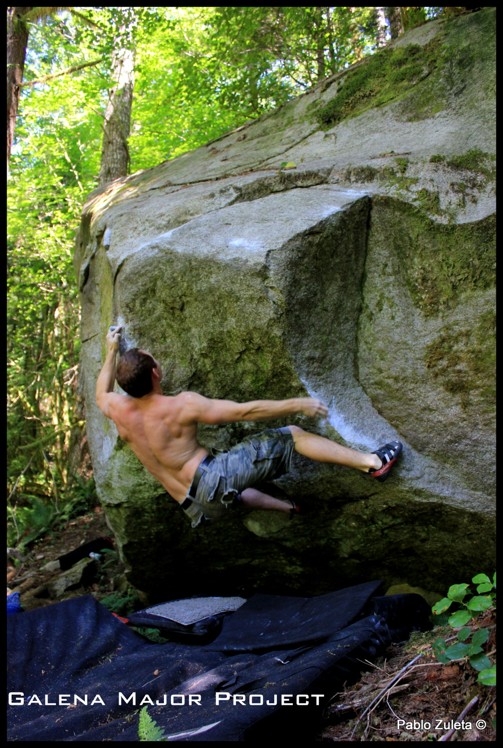 Jesse Evans working a hard project in the Galena Major Bouldering Area.
