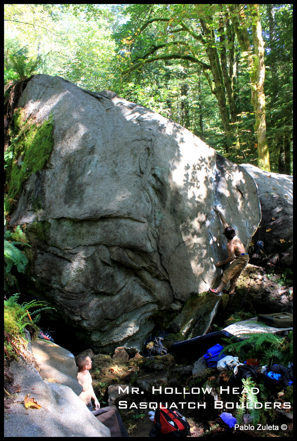 Pablo Zuleta putting up the FA for Mr. Hollow Head -V4  (Mr. Hollow Head is an action figure at the Sasquatch Boulders made of drift wood)