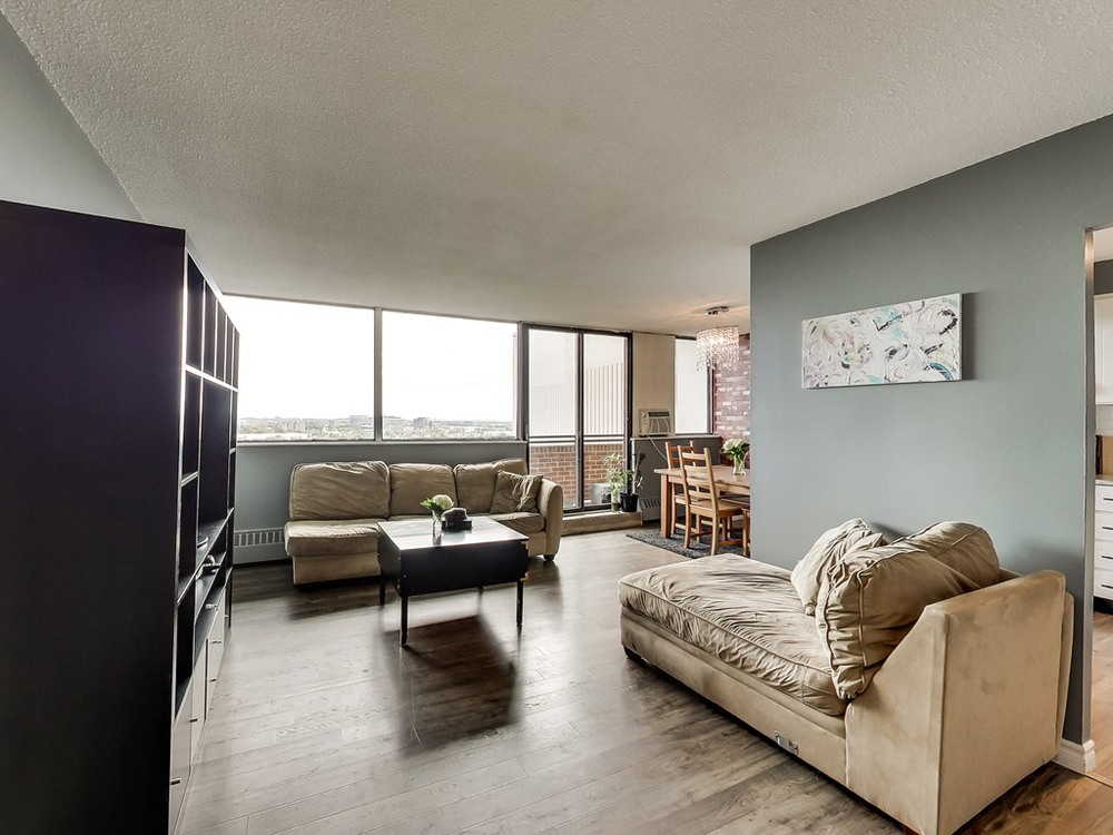 2301-Derry-Road-West-Unit-1004-Mississauga-Karly-Moore-Real-Estate (7).jpg