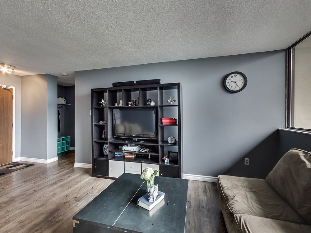 2301-Derry-Road-West-Unit-1004-Mississauga-Karly-Moore-Real-Estate (9).jpg