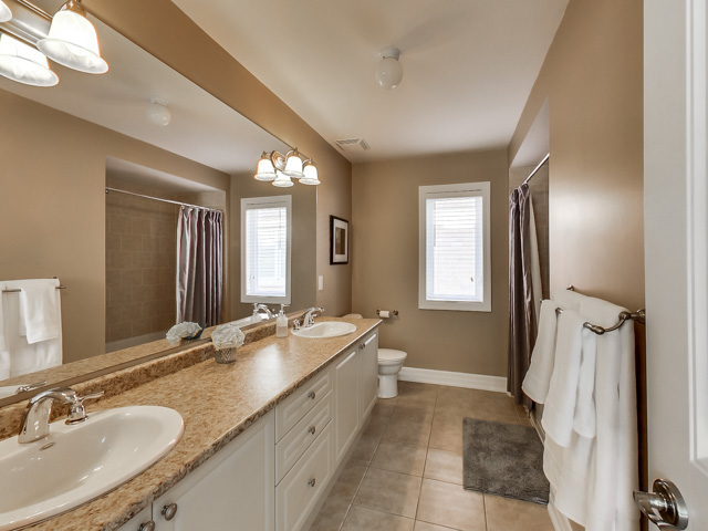138-Donovan-Heights-Milton-Real-Estate-Karly-Moore-For-Sale (43).jpg