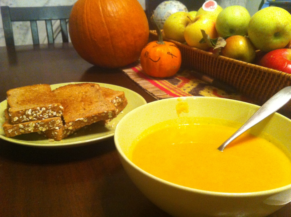killer carrot ginger soup with whole grain bread