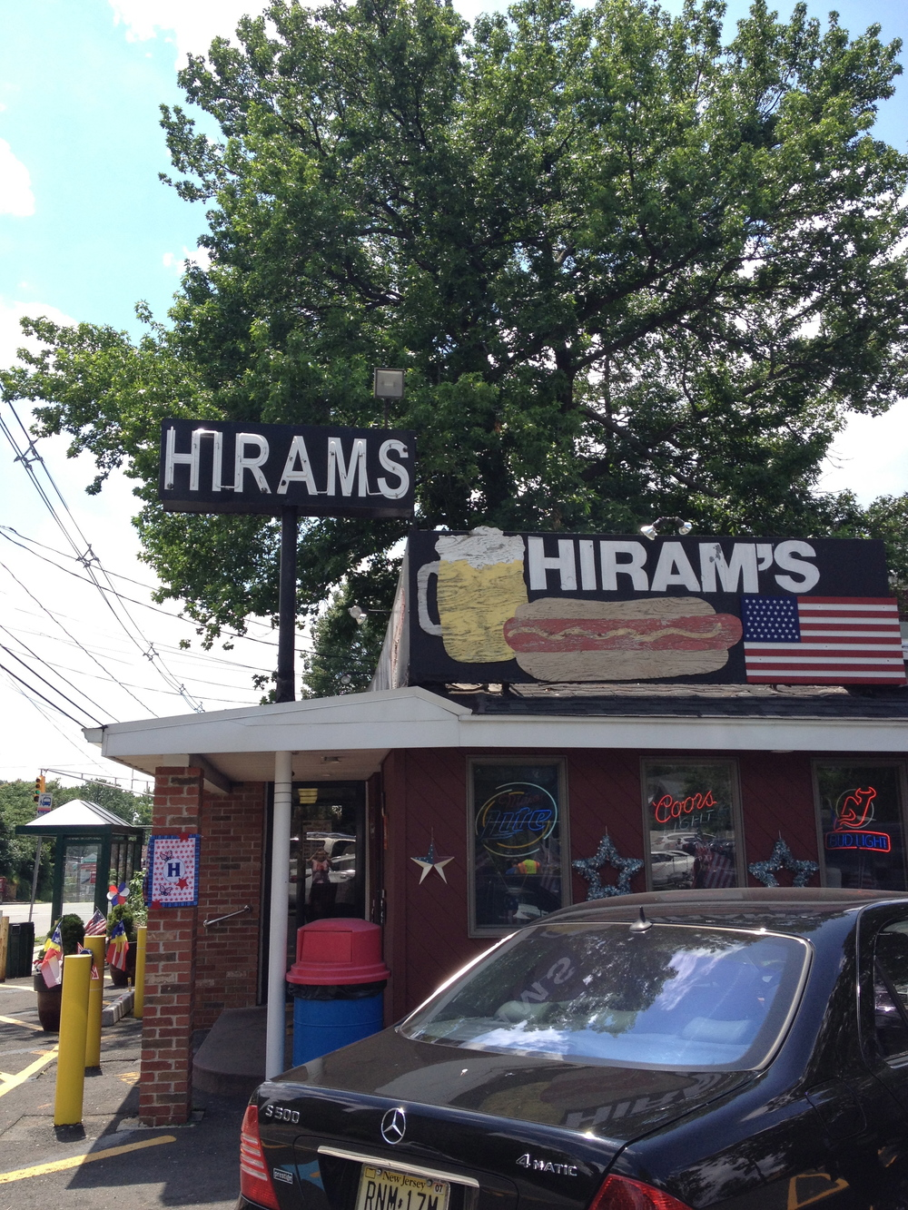 Hiram's Roadstand in Fort Lee, NJ - a tubular meat institution.