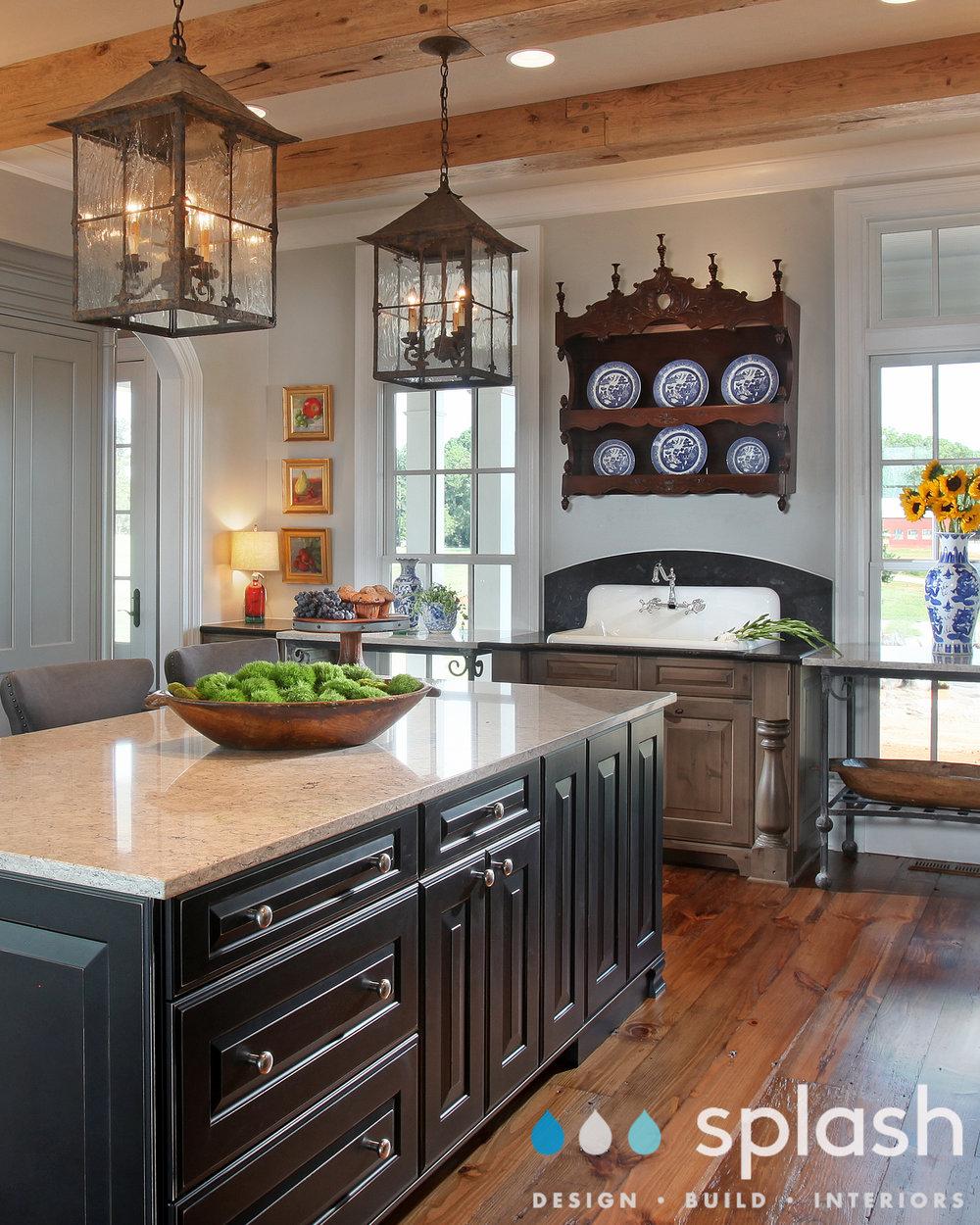 485_Kitchen2.jpg