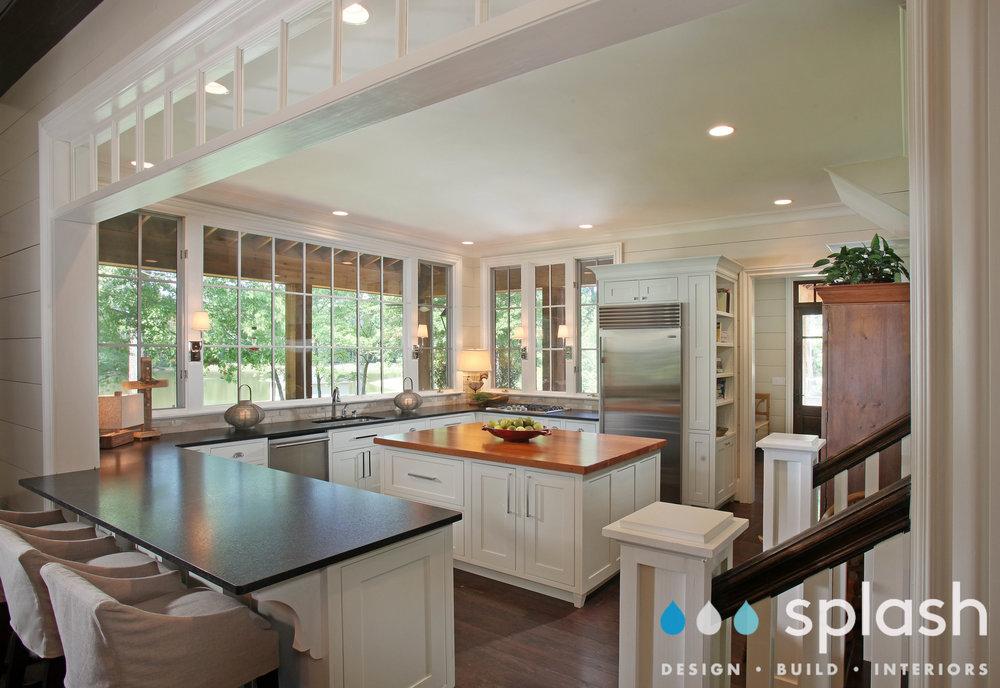 7801_Kitchen1.jpg