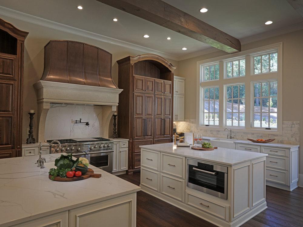 555_Kitchen4.jpg
