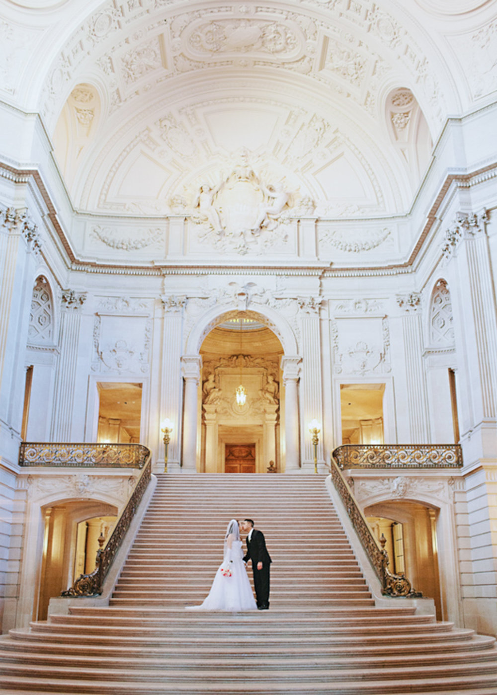 City Hall wedding captured by Hannah Suh Photography