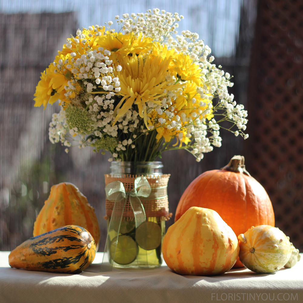 Fresh Limes, Spider Mums and Daisies