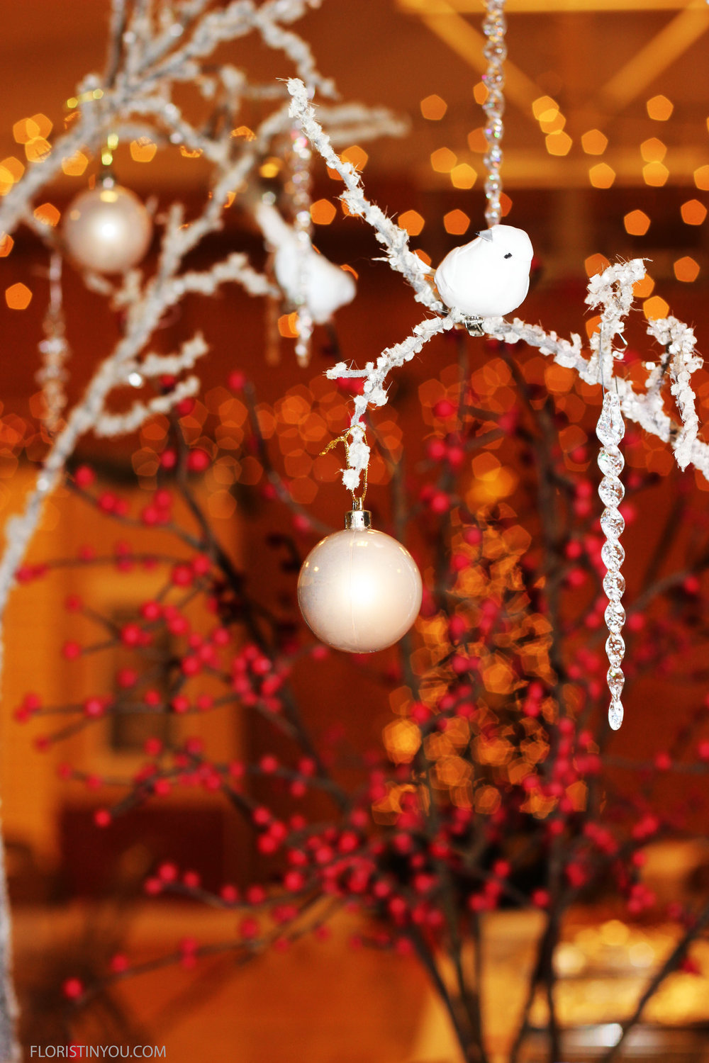 How to Make Snowy Branches and Icy Branches