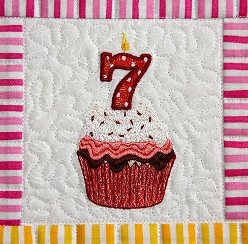 MJD-Cupcake-Candle-7.jpg