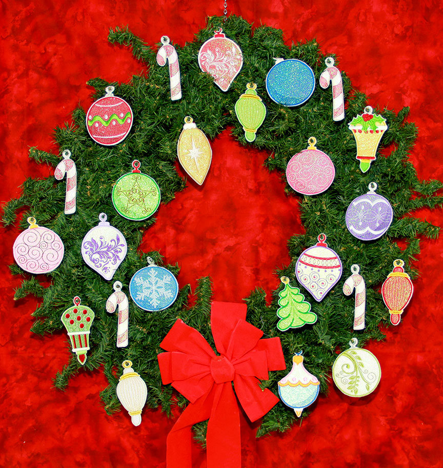 Ornaments-on-Wreath.jpg