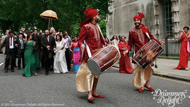 Dhol-Players-Red-Dhoti-1.jpeg