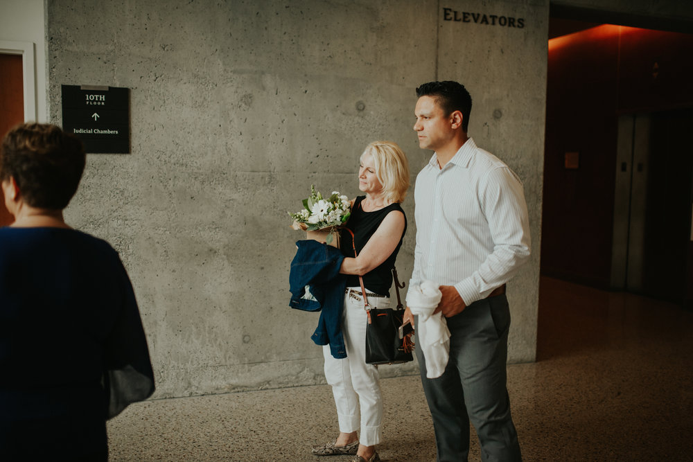 Seattle Courthouse Wedding | Seattle Wedding Photographer | Krissie Francis Photo