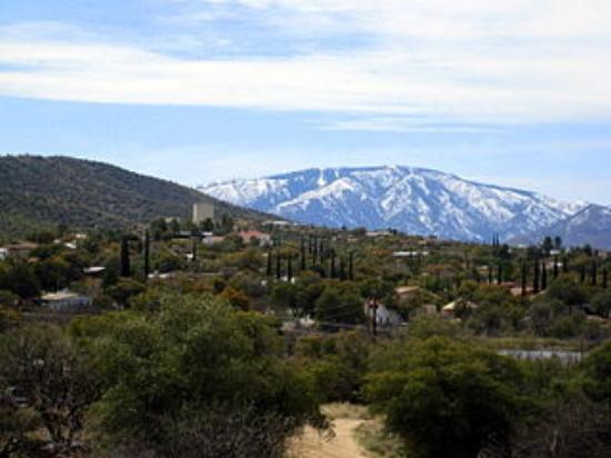 Mt. Lemmon reaches above Oracle, Arizona