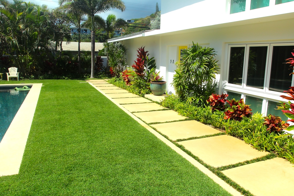 Stained Concrete Stepping Stones with Grass Border
