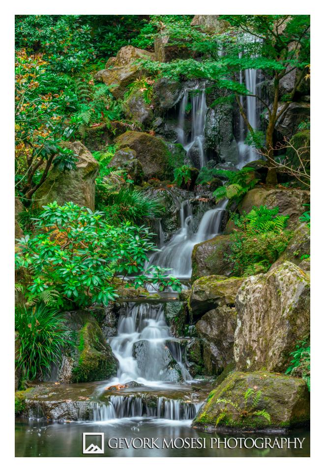 gevork_mosesi_photography_portland_oregon_japanese_garden_waterfall.jpg