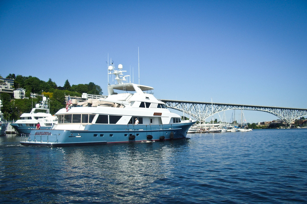 yacht in lake union