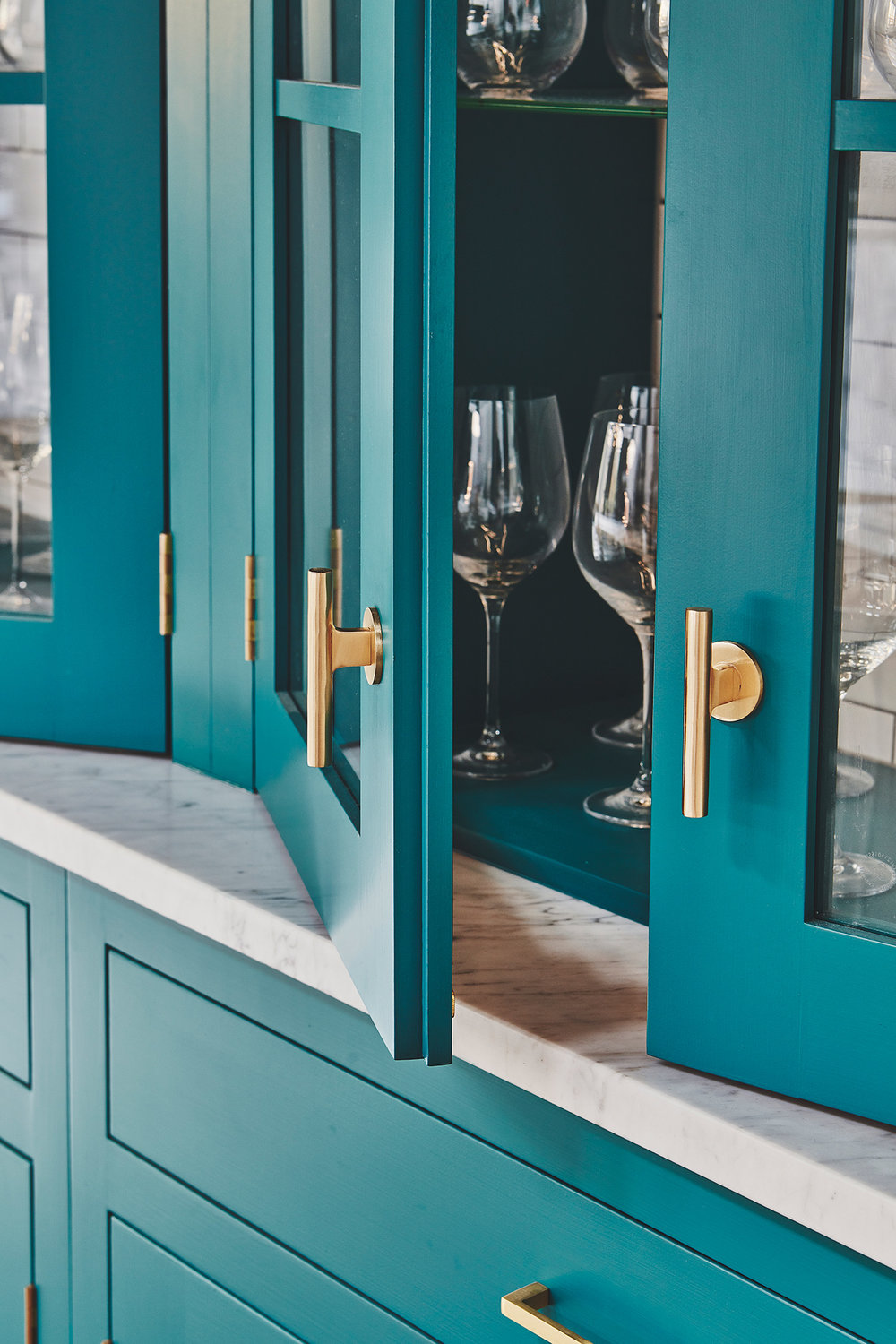 OUR TEAL DRESSER - A GREAT COLOUR WILL BE FEATURING PROMINENTLY IN 2019