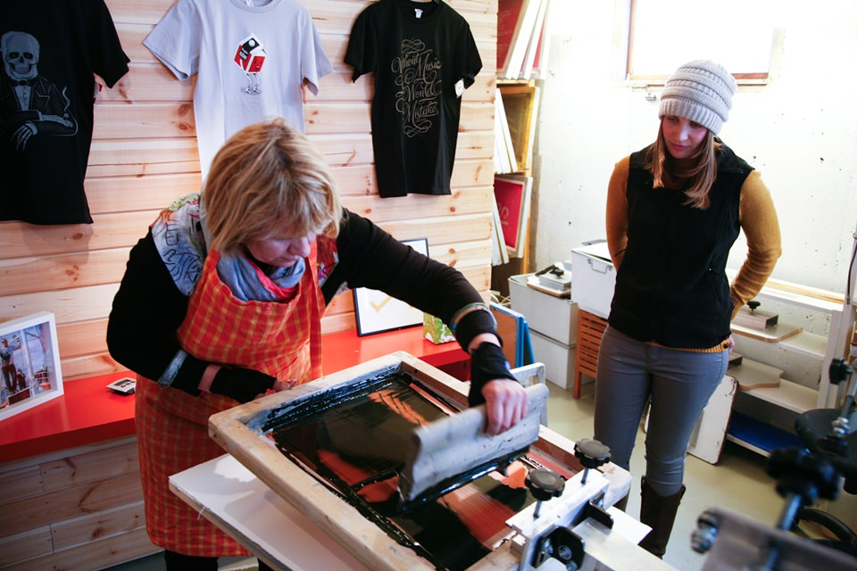Screen Print Your T-Shirt with Icelandic design 12.jpg