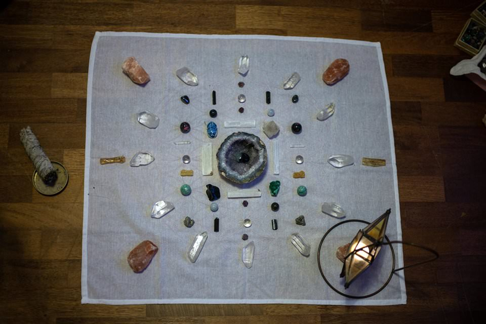 Creative Iceland Alternative Energy Healing With Crystals And Sound Reykjavik 03